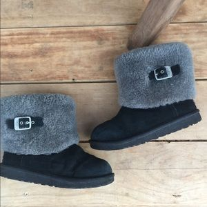 Authentic Ugg boots shearling black gray Sz 3